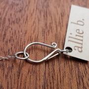 lovebell_pendant_vintage_lace3