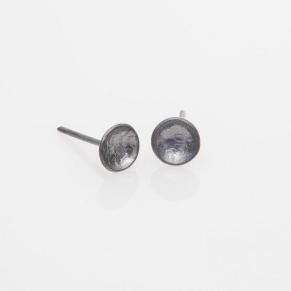 tiny_silver_studs_black1